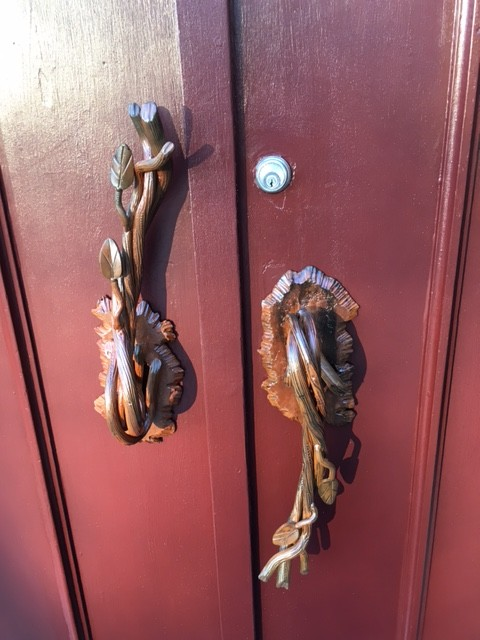 Close Up Handles